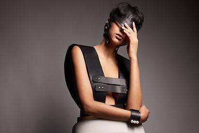 Fashion Editorial mit Accessoires von Perlensäue
