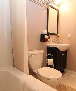 Bathroom+1+800px