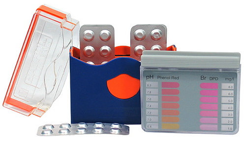 Messgerät mit Tabletten Pooltester  (Brom & pH-Wert)