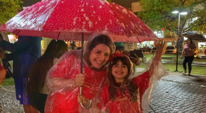 Famílias envolvidas com a magia do Sempre Natal Guaratuba