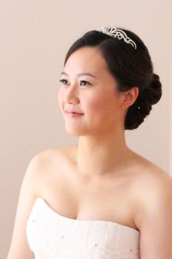 Sleek Taiwanese bride makeup hair