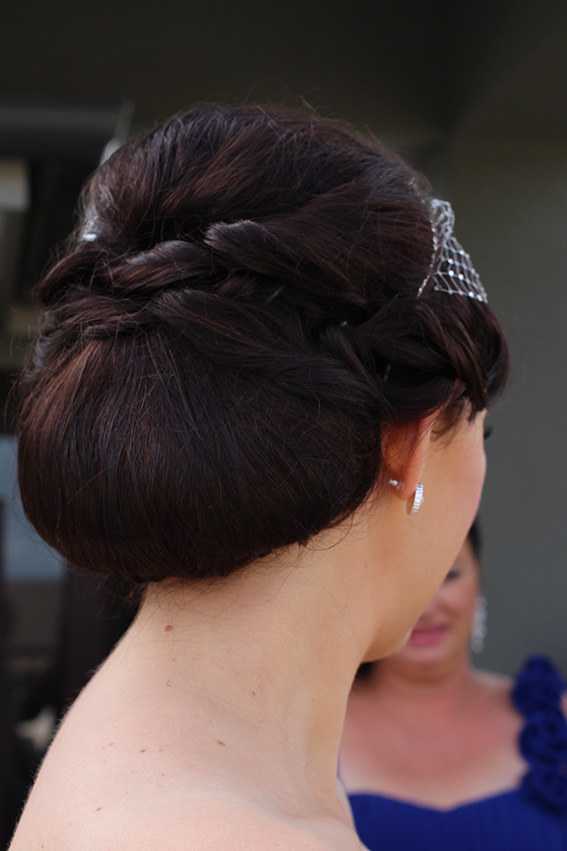 Brisbane bride hair up style vintage