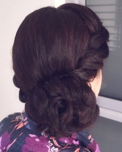 Bridal hairstyle hairdressing