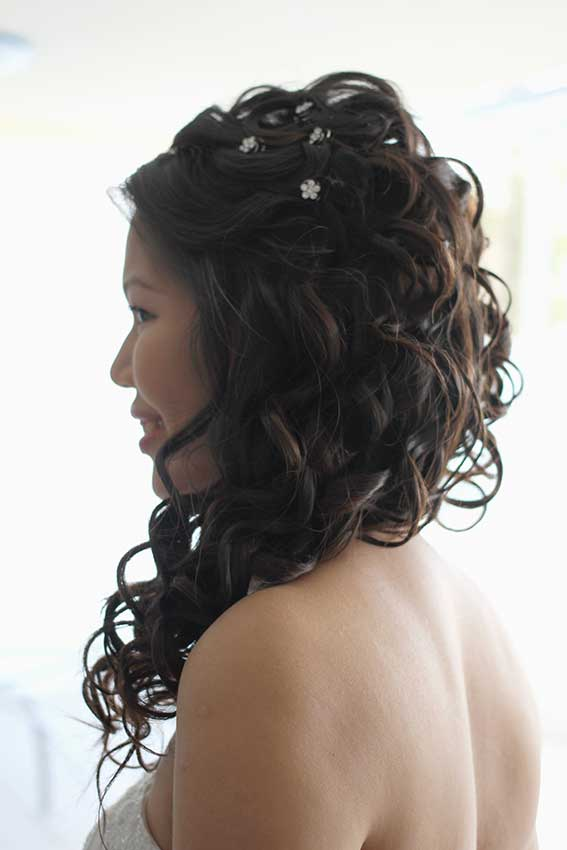 Wedding long hair style for bride