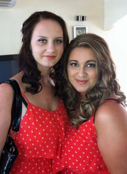 Bridesmaid makeup curly hair style