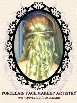 Bride half up half down hairstyle