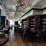 Omni Chicago 676 Bar