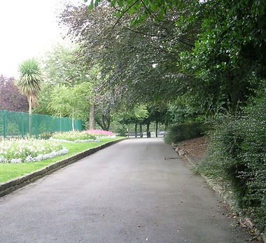 Chapel_Allerton_Park_-_Woodland_Lane_-_geograph.org.uk_-_1447885.jpg