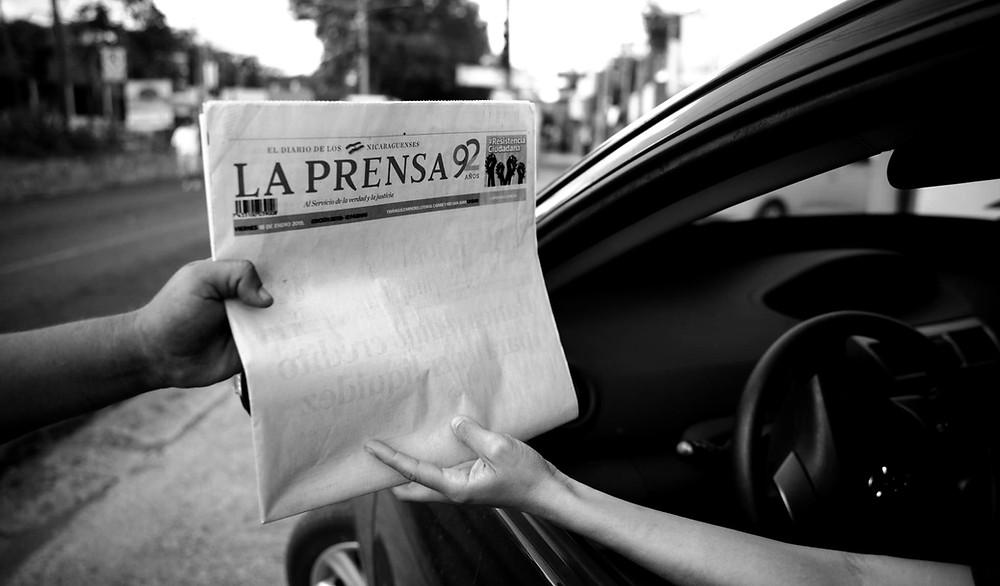 Portada de La Prensa el 19 de Enero de 2019 - Fotografía de El País por Carlos Herrera.