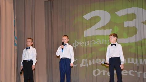 Ученики 1 класса Молодёжненской СОШ.JPG
