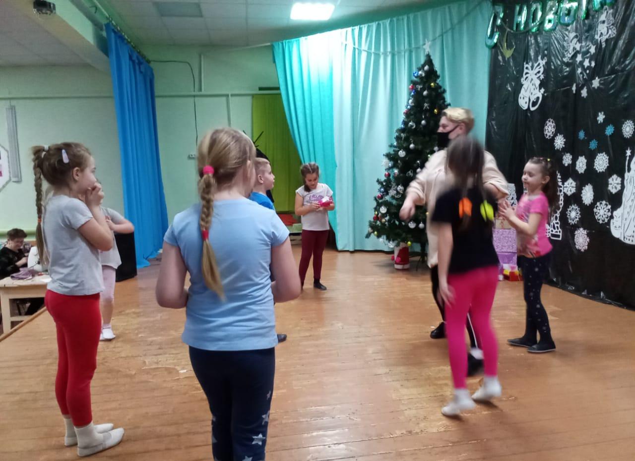 """Танцевальный коллектив """"Малышок"""" старшая группа"""