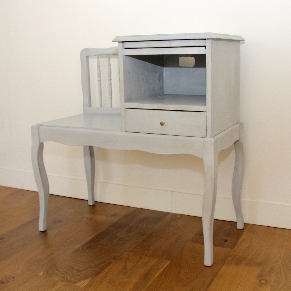 Petit meuble d'entrée après relooking