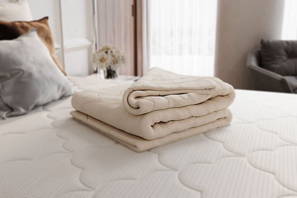 Lifestyle_Wool_Comforter.jpeg