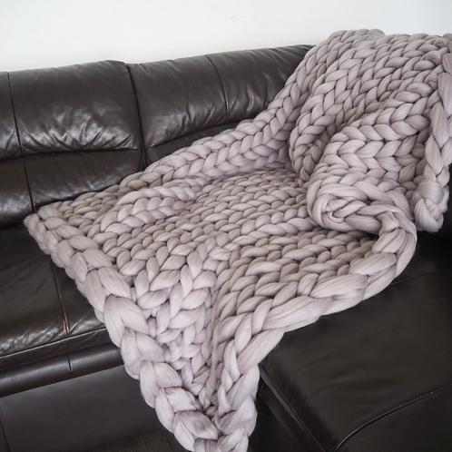 Chunky Knit Blanket -Lilac Grey