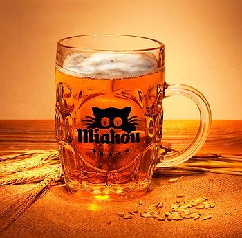 gerra cervesa miau