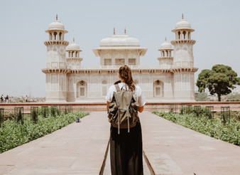 5 Reasons Why You Should Be A Global Nomad...