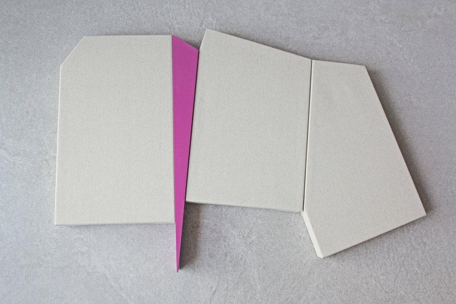 Sem título. Série Recortes. 2019. 48 x 73 x 4,5 cm