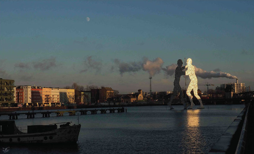 12 Molecule Men.jpg
