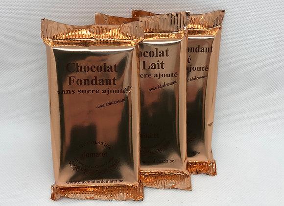 Tablette de chocolat sans sucre ajouté