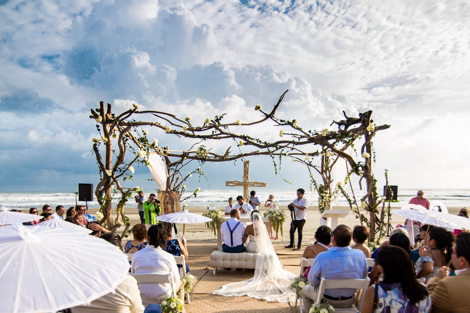 AnaC+Javier-Wedding-HD-550.jpg