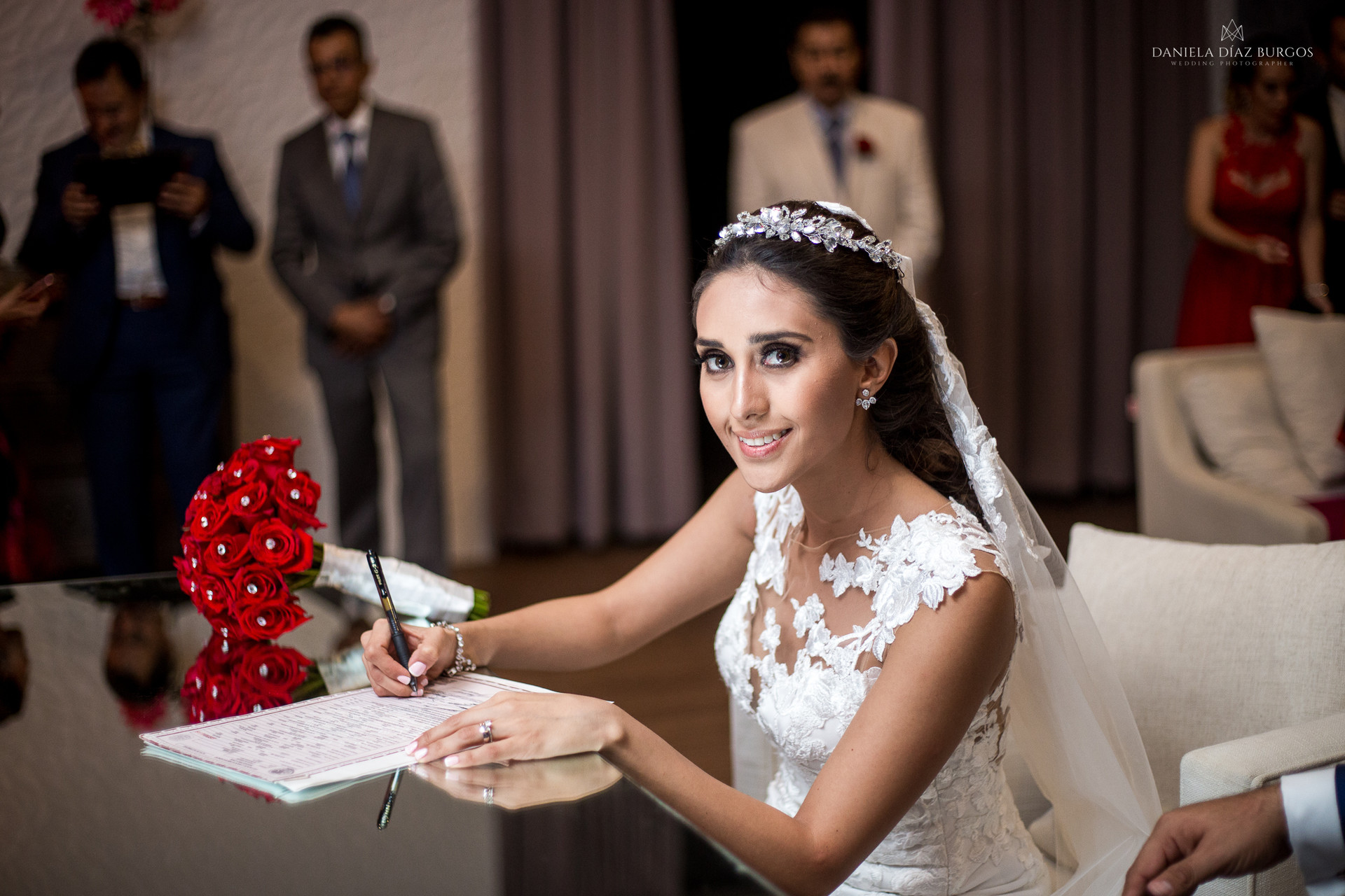 Zuza+Sergio-Wedding-LD-307.jpg