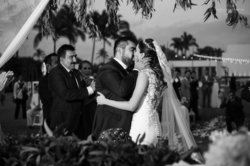 Zuza+Sergio-Wedding-LD-218.jpg