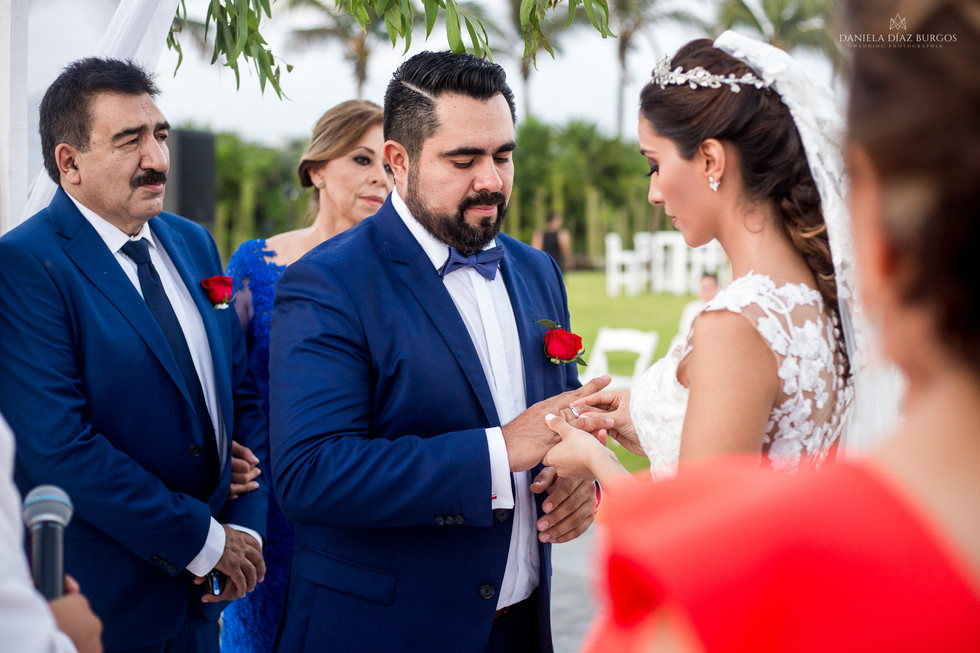 Zuza+Sergio-Wedding-LD-189.jpg