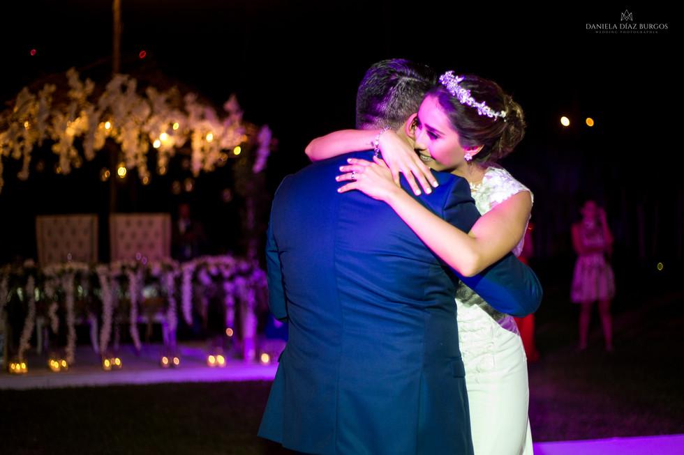 Zuza+Sergio-Wedding-LD-449.jpg