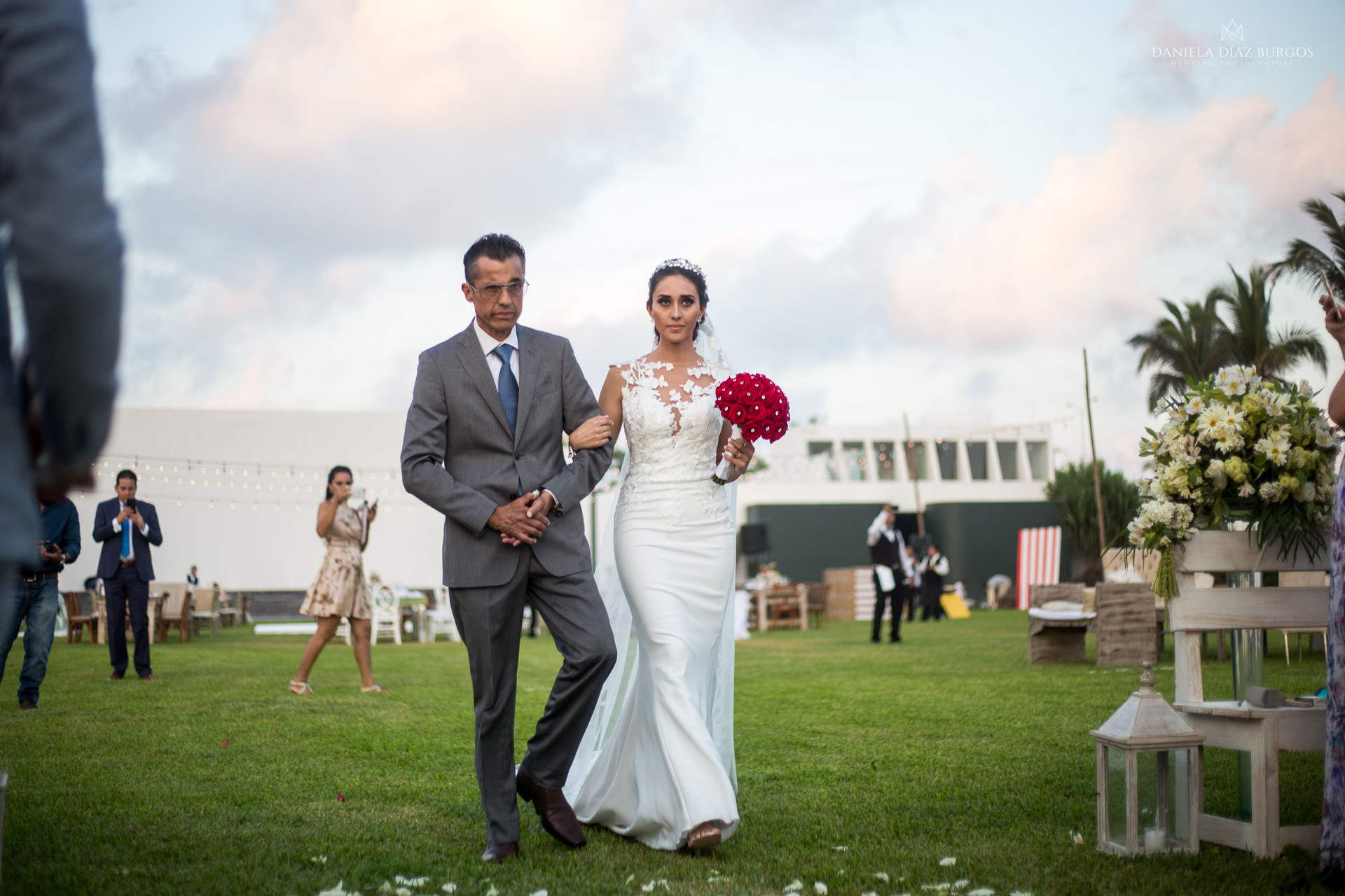 Zuza+Sergio-Wedding-LD-155.jpg