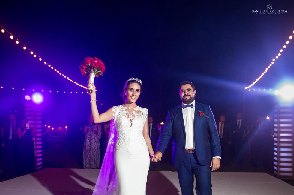 Zuza+Sergio-Wedding-LD-385.jpg