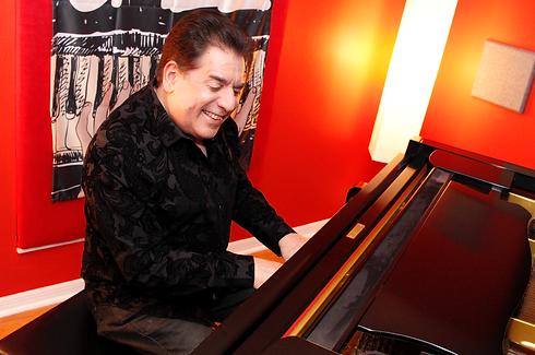 Latin Jazz Artist Lannie Battistini at Music School in Brandon