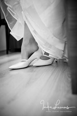 Opmaak bruid-trouwschoenen