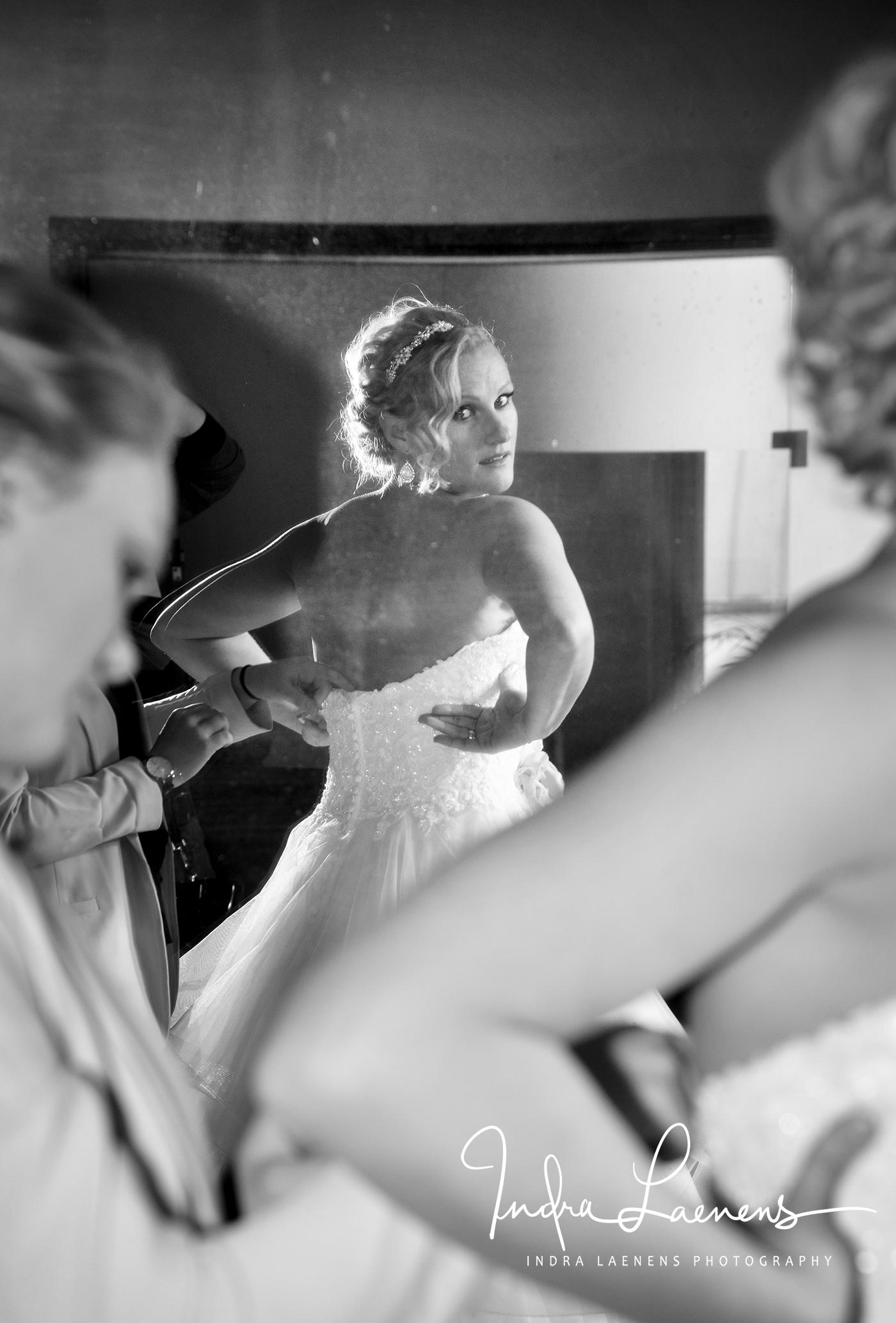 Opmaak bruid- trouwjurk