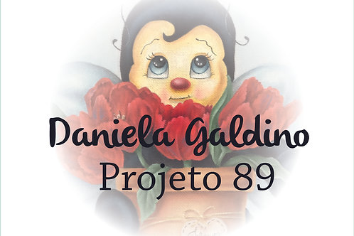 Projeto Digital 89: Abelinha com Tulipas