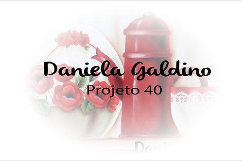 Projeto Digital 40: Louça Vermelha com Flores
