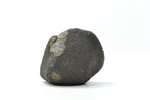 Chergach - Chondrite H5 - fell 2007 in Mali - crusted individual - 17.47 g