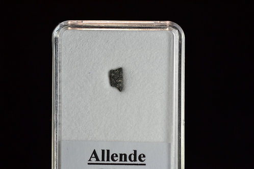 Allende - Carb. Chondrite CV3.2 - fell 1969 in Mexico - small fragment - 0.06 g