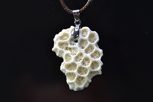 Natural Coral Necklace - Sanur Beach - Bali - Indonesia - amazing - 8.1 g