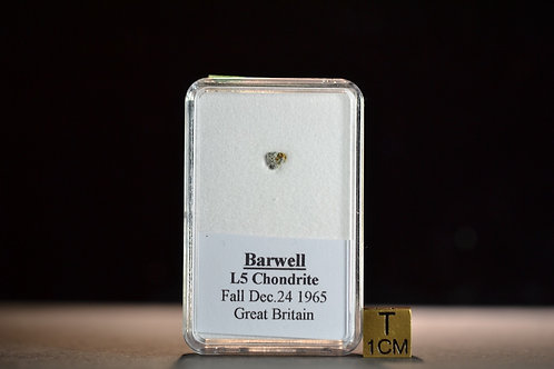 Barwell - Chondrite L5 - fell December 24, 1965 England micro fragment 0.025 g
