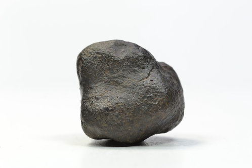 JaH 073 - Chondrite L6 - found 2002 in Oman - crusted individual - 17.77 g