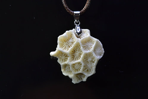 Natural Coral Necklace - Sanur Beach - Bali - Indonesia - amazing - 11.4 g
