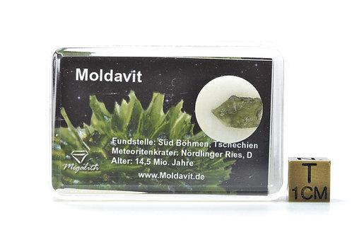 Rare Natural Moldavite - Tektite - Czeck Repuplic - small individual - 0.36 g