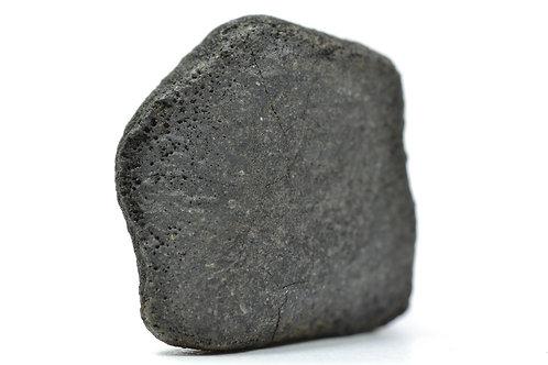 Gao-Guenie - Chondrite H5 - fell 1960 in Burkina Faso crusted individual 8.48 g