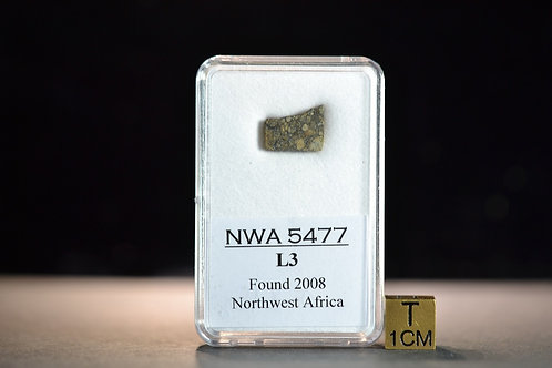 NWA 5477 - Chondrite L3 - found 2008 in Northwest Africa - small slice - 0.815 g