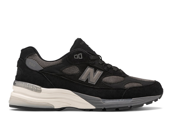 New Balance M992BL Sneakers | black