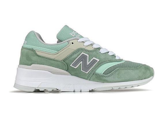New Balance M997SOB Sneakers | mint/green
