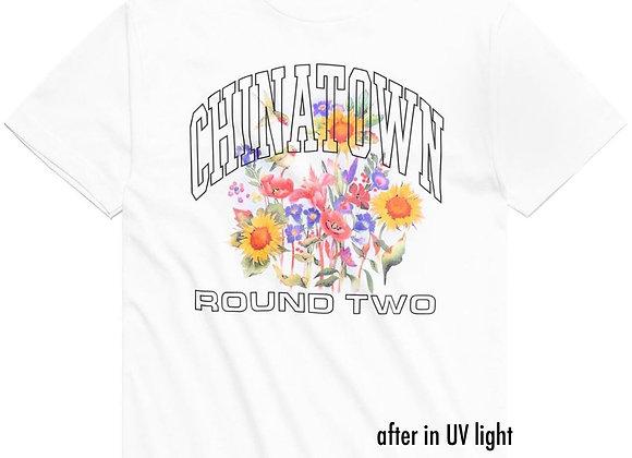 Chinatown Market X Round Two FLOWERS UV T-Shirt | white