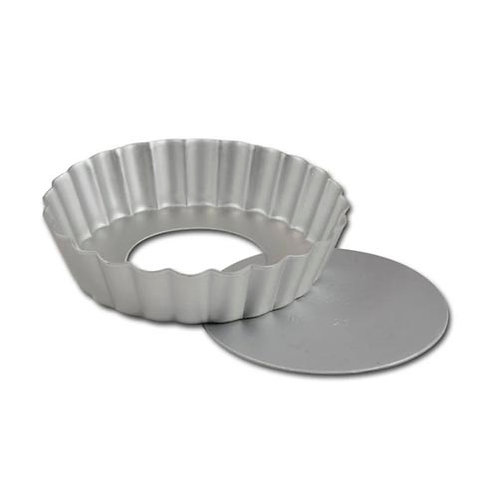 "Fluted tart pan, 6 1/2"" x 1"" - Removable bottom"