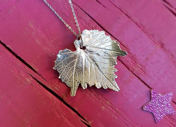 Medium Vine Leaf Necklace in Sterling Silver
