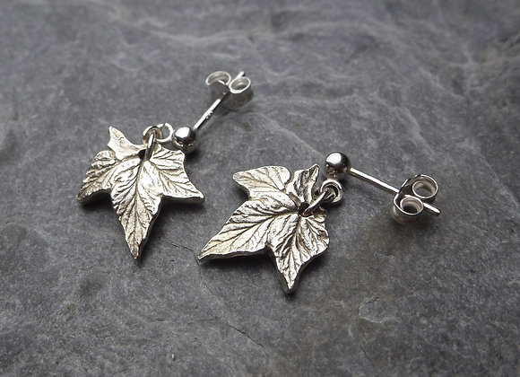 Tiny Silver Hop Leaves